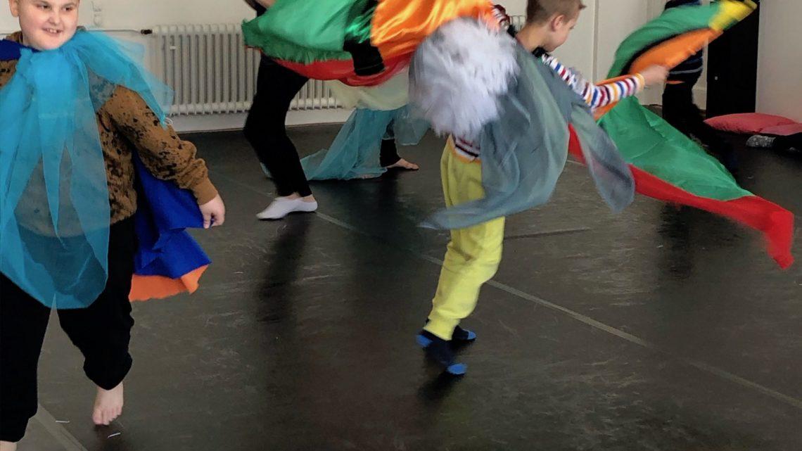 Elfen, Trolle, Einhörner: Ein Tanz- und Klangprojekt an der HPS Flawil